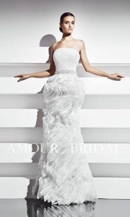 Прямое свадебное платье-трансформер с юбкой, которую можно делать короче.