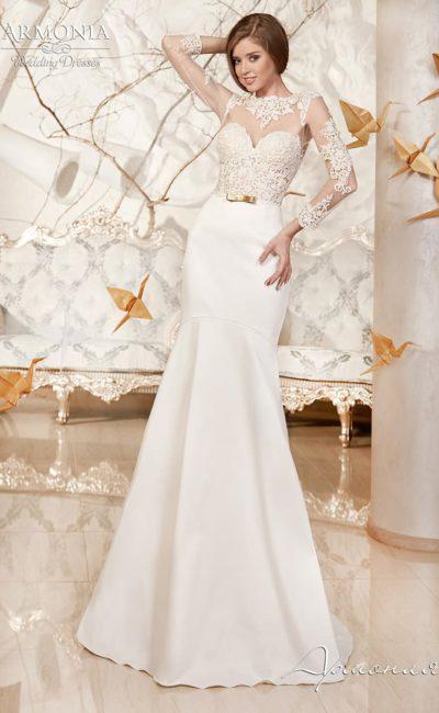 Облегающее свадебное платье силуэта «рыбка» с полупрозрачным верхом с длинным рукавом.
