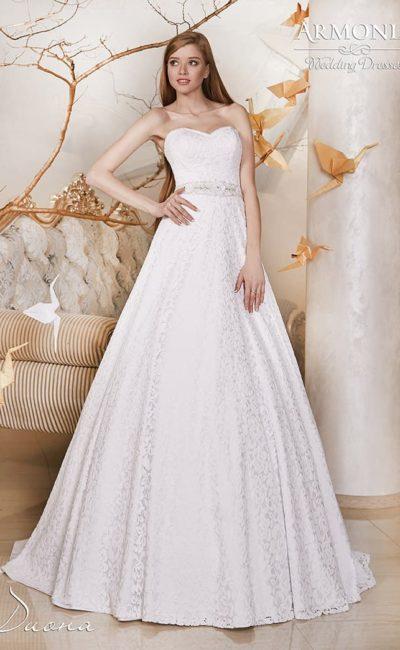 Свадебное платье с элегантным силуэтом