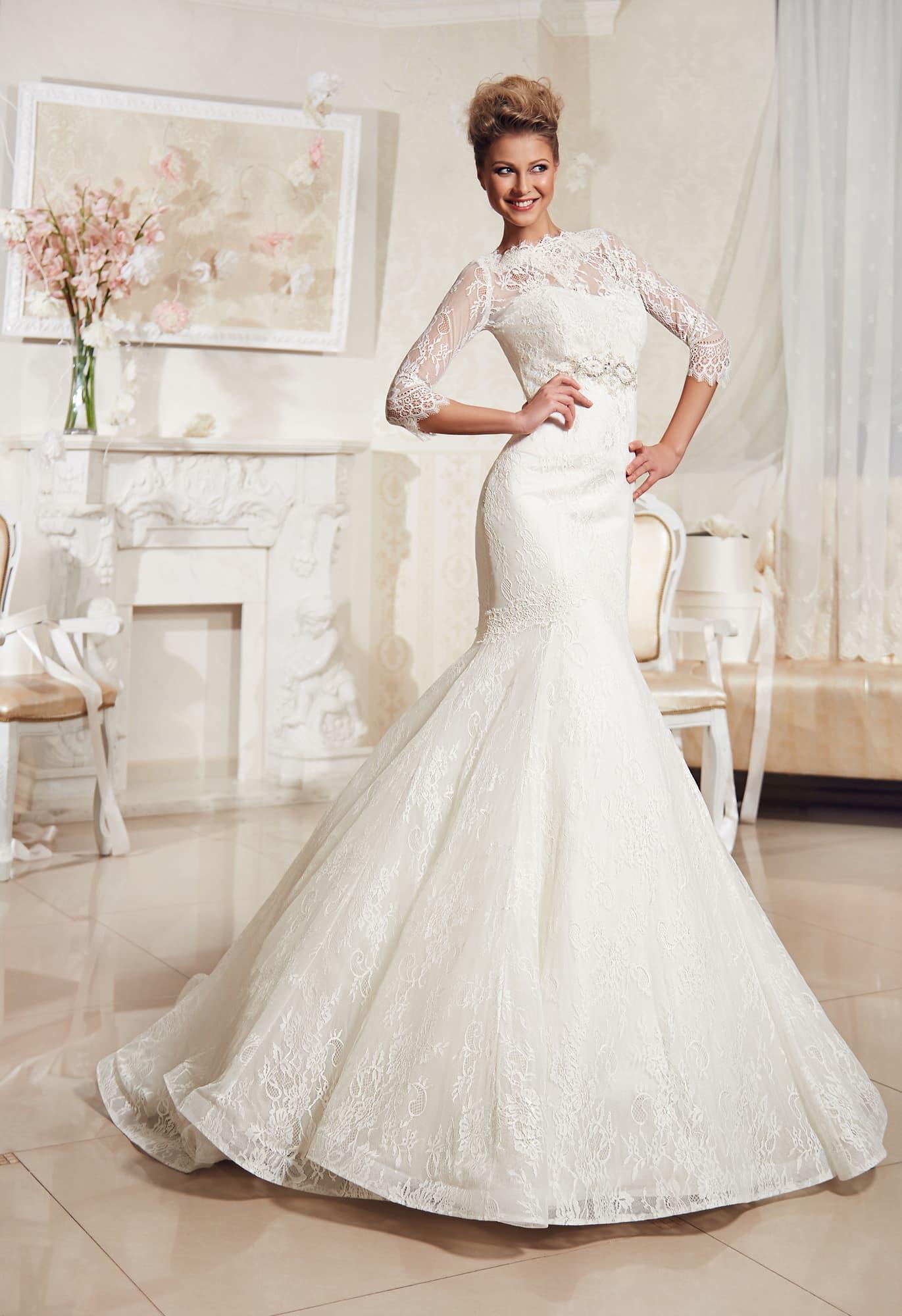 6aac9981ef43 Кружевное свадебное платье силуэта «рыбка» со съемным верхом с длинным  рукавом.