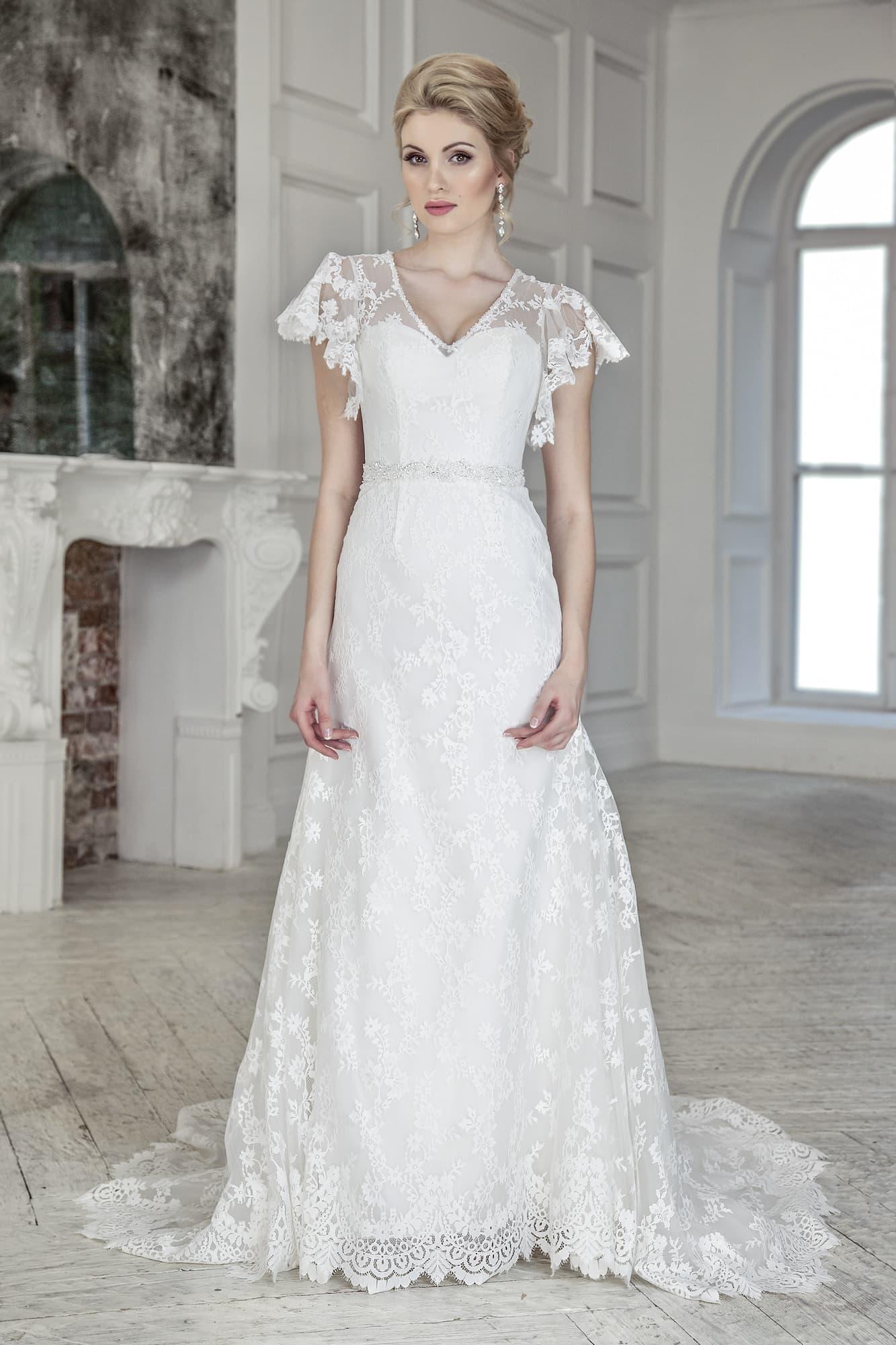 Платье свадебное с крылышками