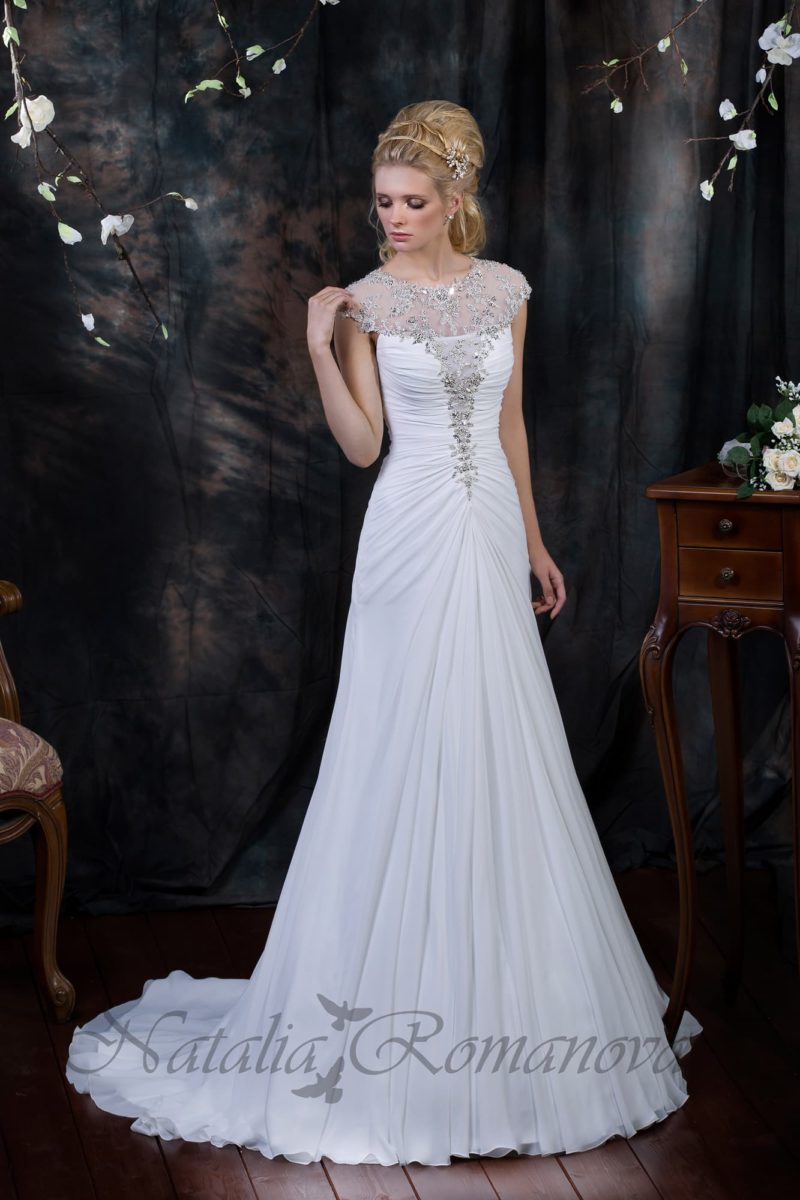 Свадебное длинное платье