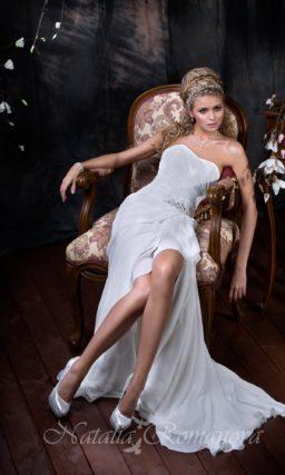 свадебное платье с разрезом сбоку