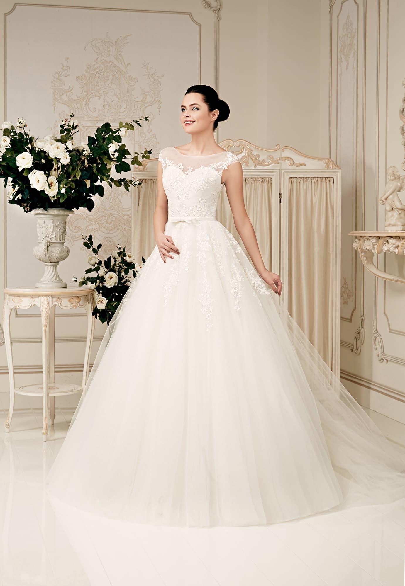 Свадебные платья daria