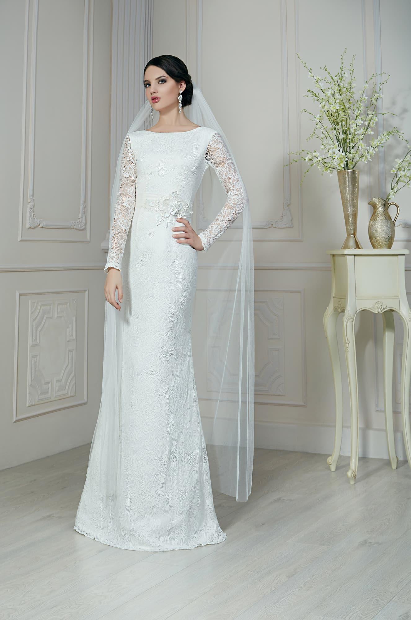 Прямое свадебные платья с рукавами