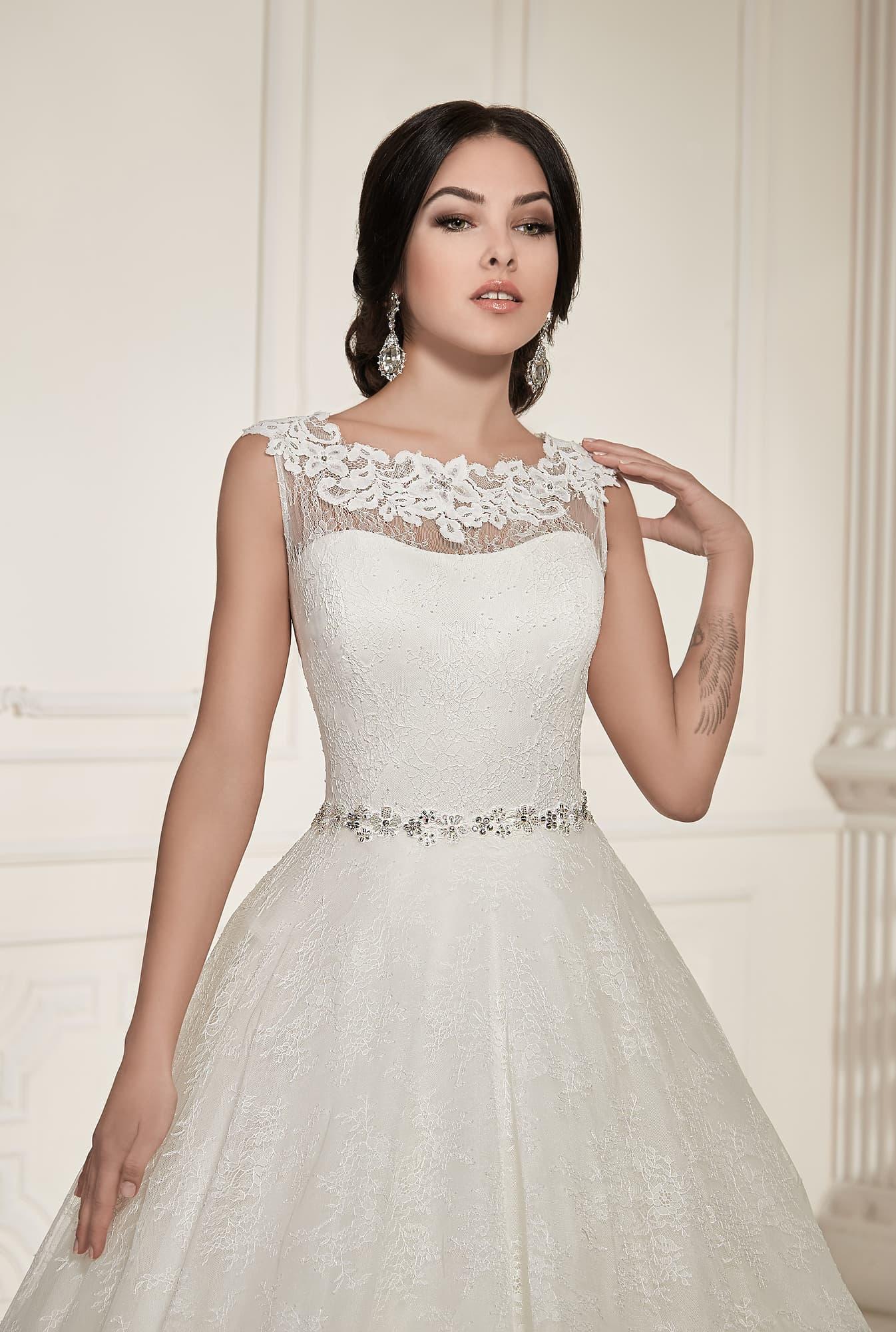 Свадебные платья вега