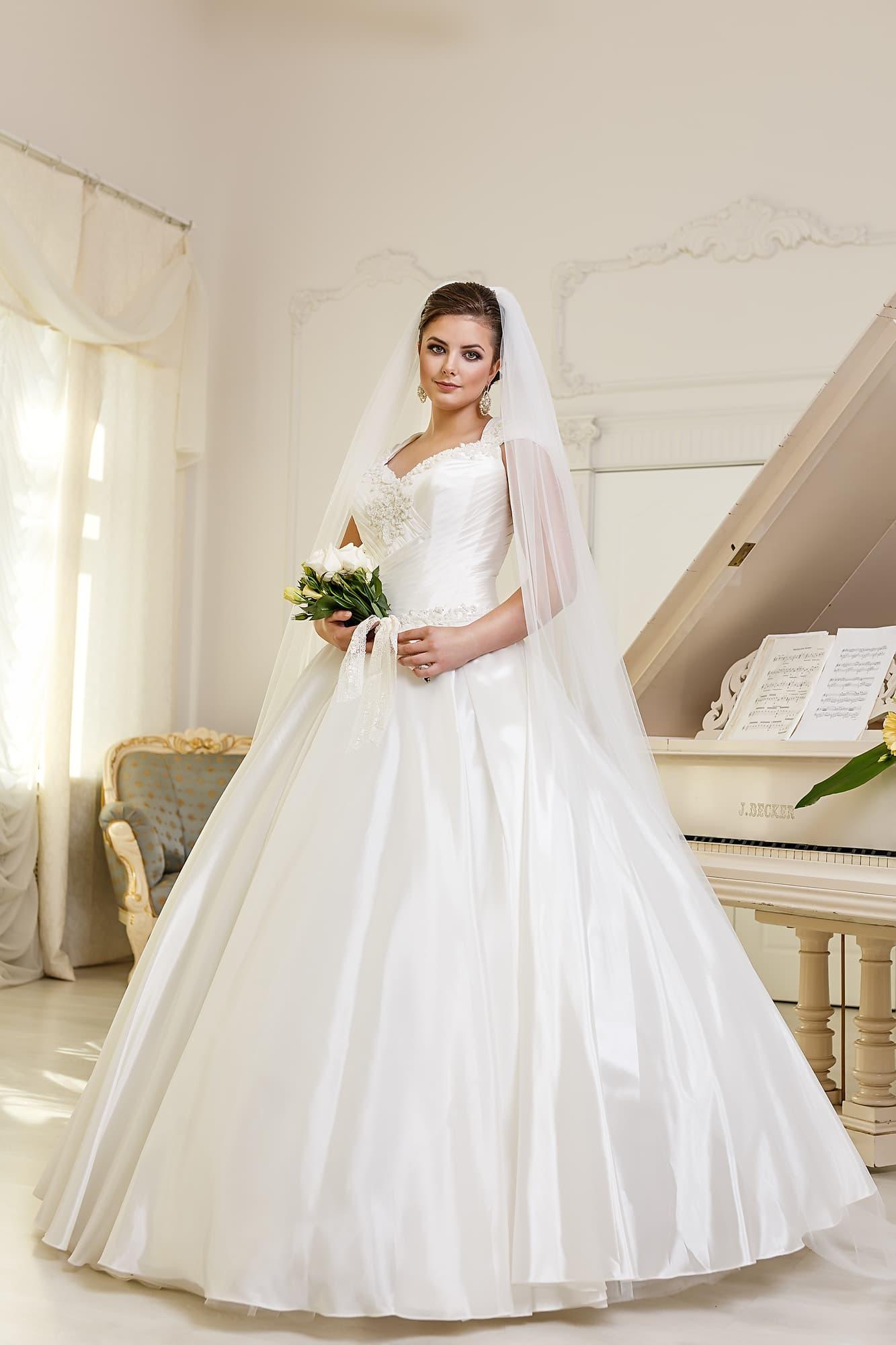 Свадебное платье для полных салон
