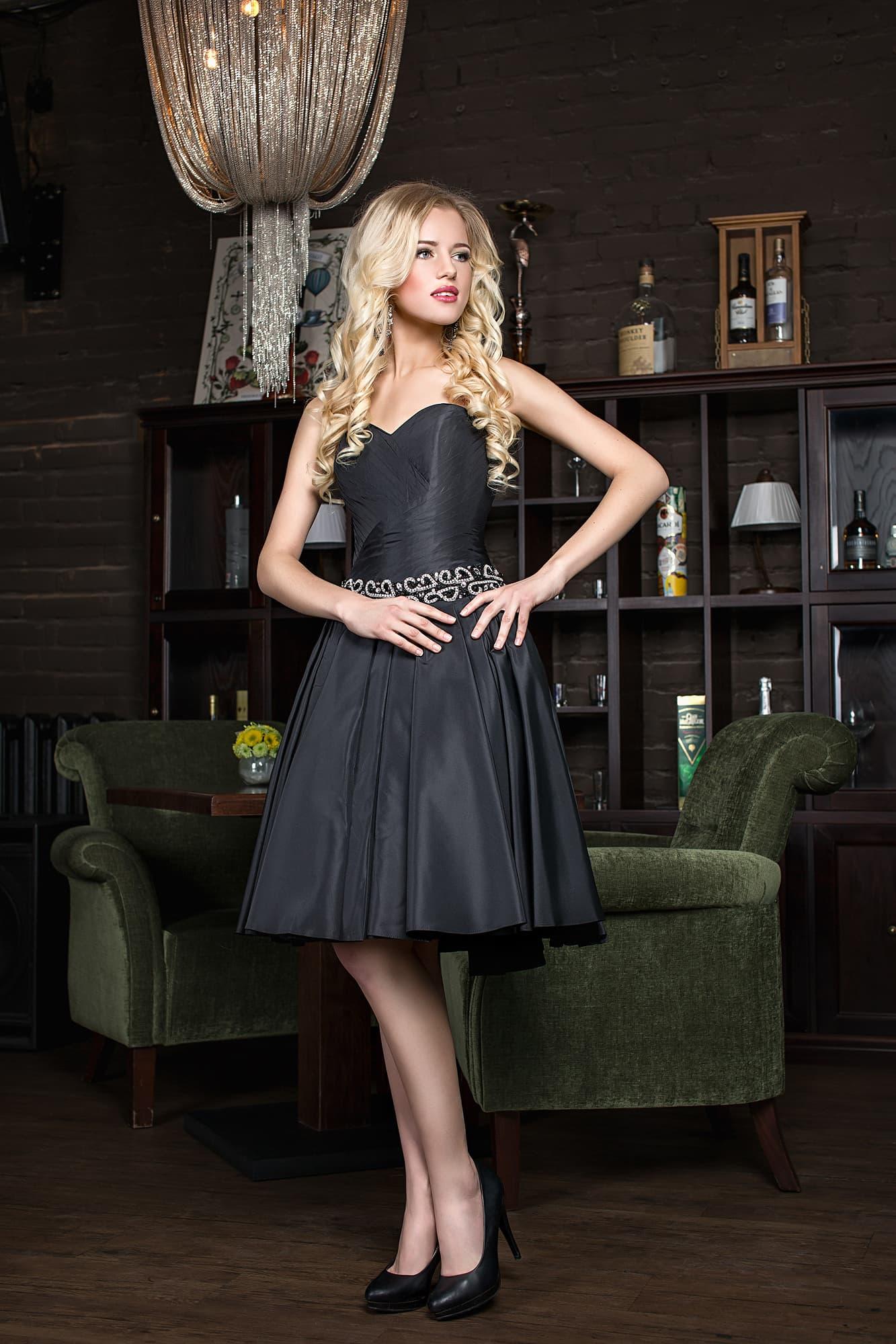 d0d3a5e160e Коктейльное черное недорогое короткое платье Lorange Джемма. Купить ...