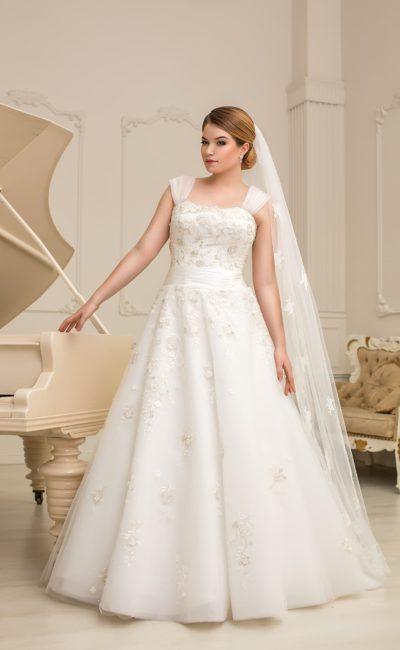 Платье свадебное для полных