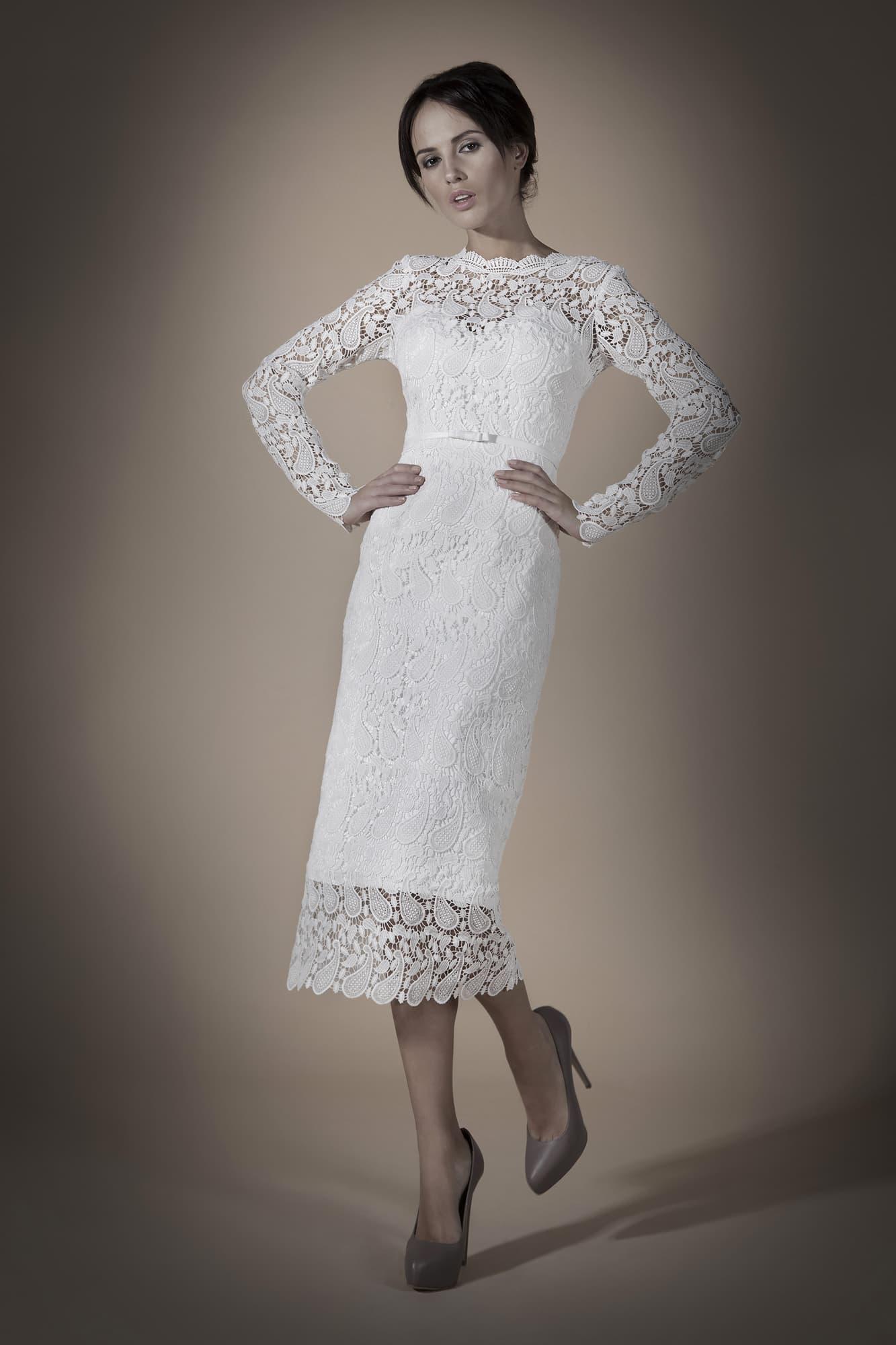 Свадебное платье по середину икры