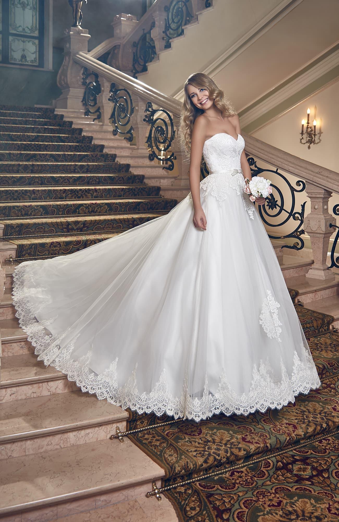 Свадебные платье моника