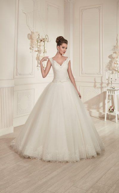 Не очень пышное свадебное платье