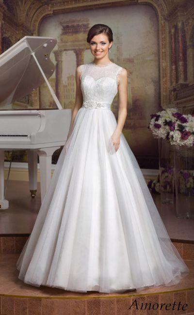 Белое недорогое платье