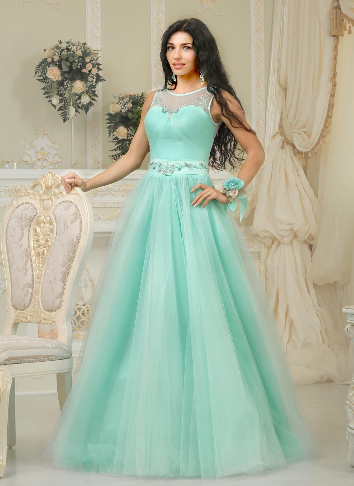 7cb21f5fe0e Пышное свадебное платье оригинального бирюзового оттенка с вышивкой на лифе.