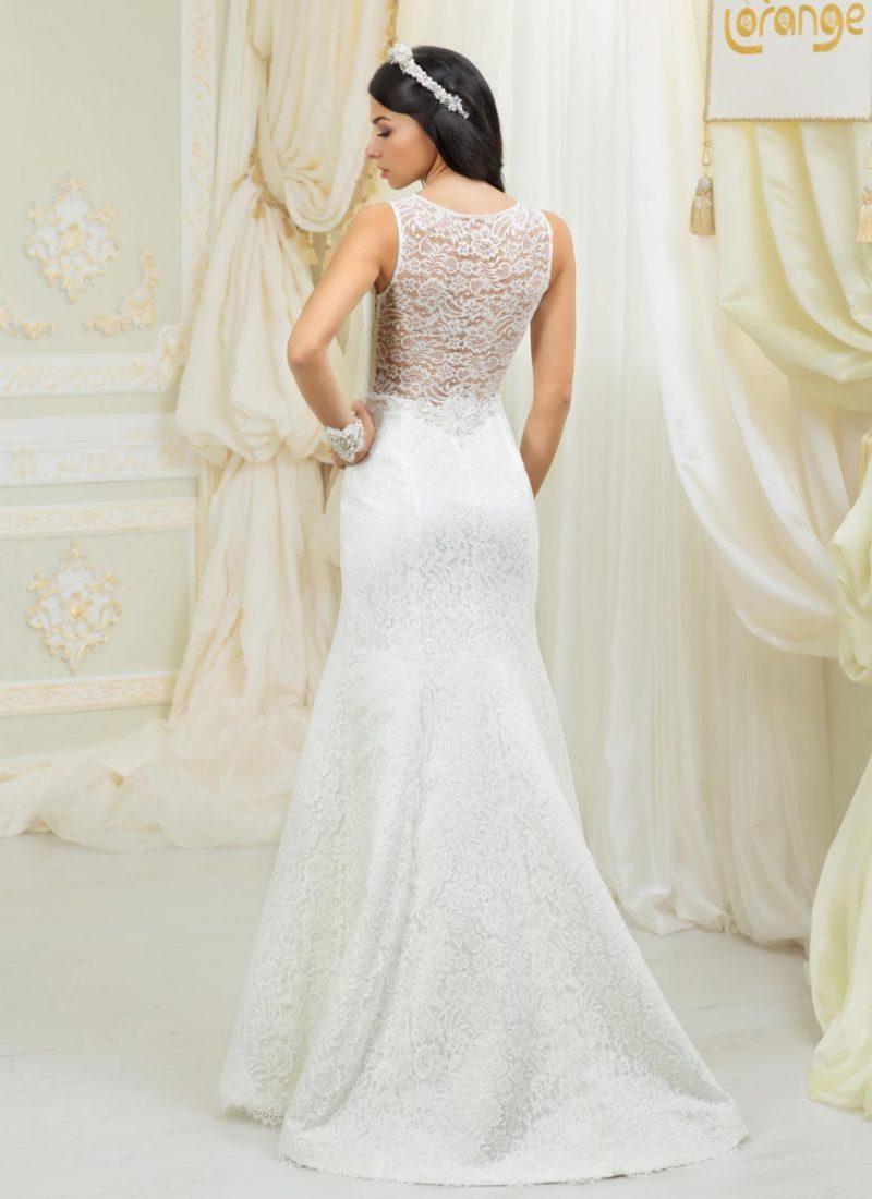 Соблазнительное свадебное платье силуэта «рыбка» с изящной кружевной спинкой.