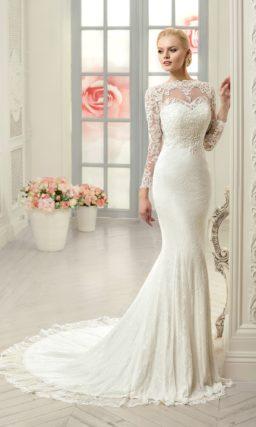 Кружевное свадебное платье силуэта «рыбка» с полупрозрачной вставкой на спинке.