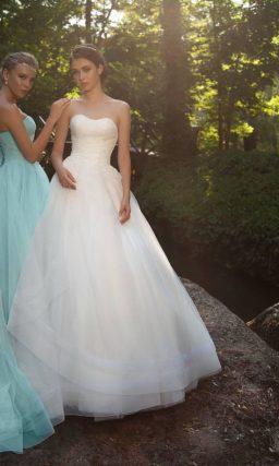 свадебное платье голубого оттенка