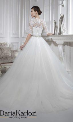 Свадебное платье с лифом в форме сердечка