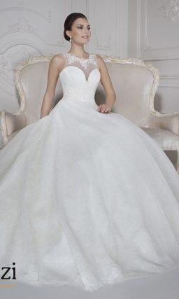 Закрытое свадебное платье  с округлым вырезом сзади.