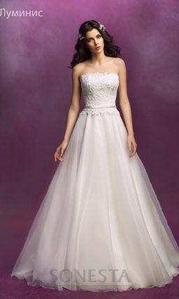 Открытое свадебное платье «принцесса» с кружевным болеро с длинными рукавами.