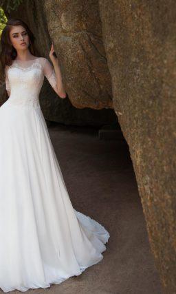 платье с полупрозрачными рукавами