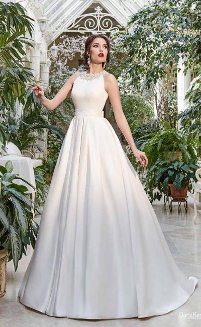 свадебное платье с расшитым бисером лифом