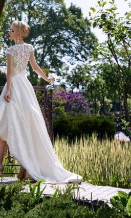 Свадебное платье короткое спереди