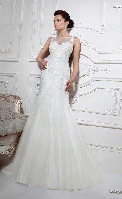 Сдержанное свадебное платье «рыбка»