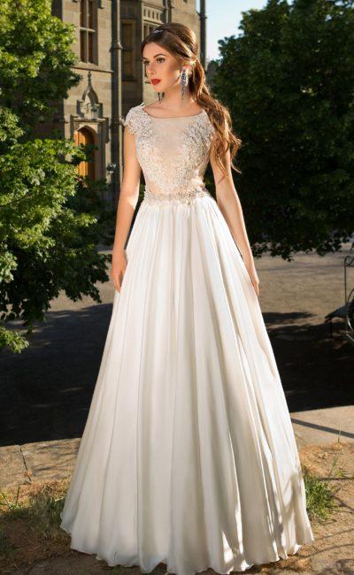 Свадебное платье с изящным силуэтом