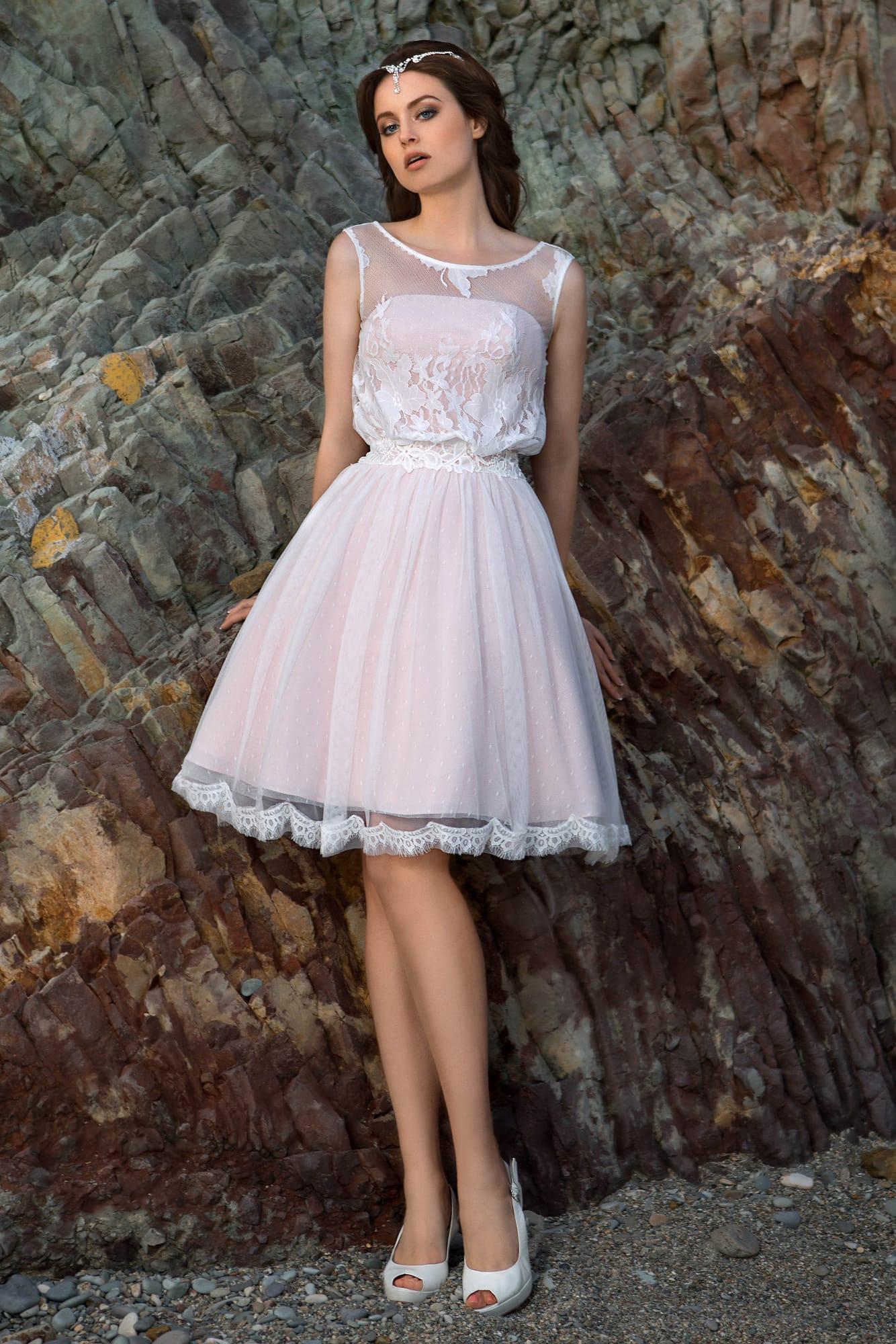 Платья пышные до колена купить в москве
