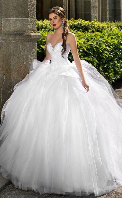 Потрясающе пышное свадебное платье