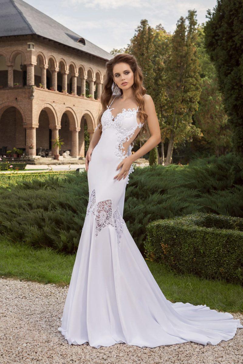 Свадебное платье облегающего силуэта