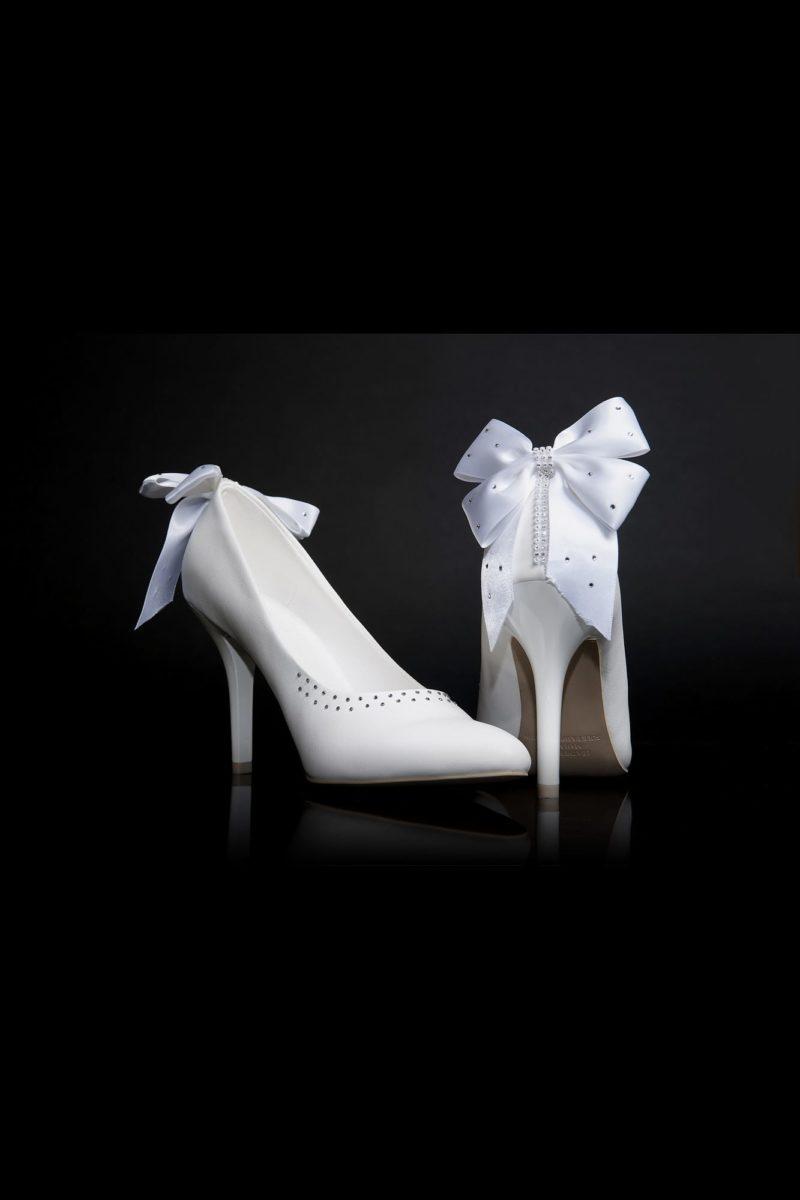 Оригинальные свадебные туфли с бантиками сзади и каблуками 12 см.