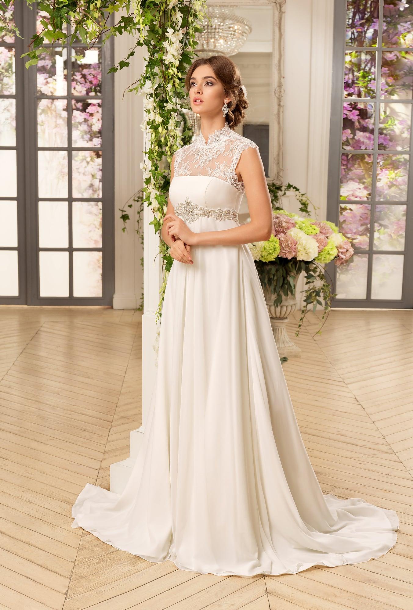 Свадебные платья со шлейфом больших размеров