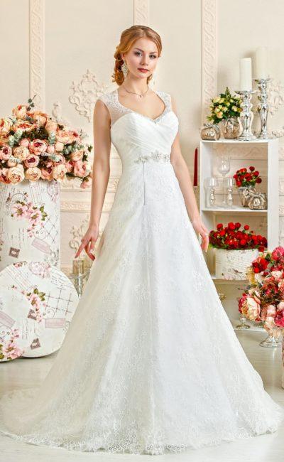 Свадебное платье А-силуэта с оригинальным округлым вырезом с воротником.