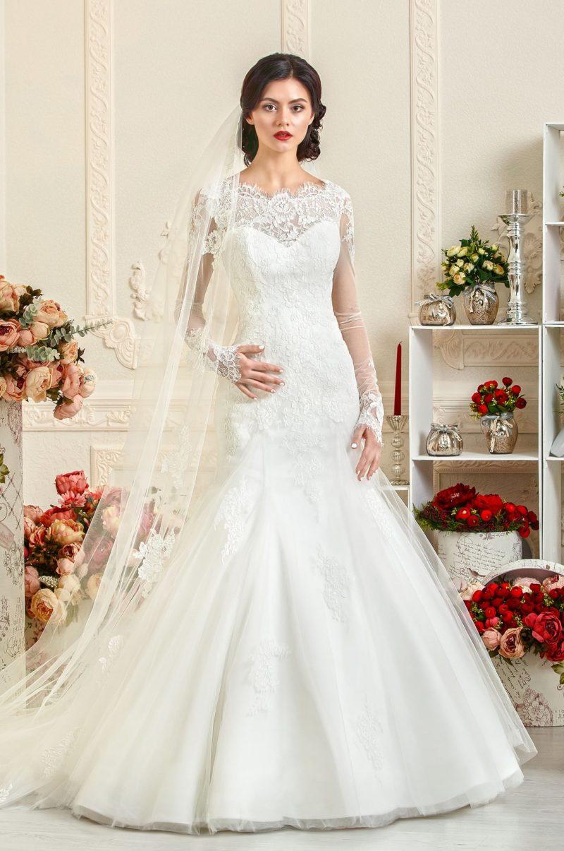 Женственное свадебное платье «рыбка»