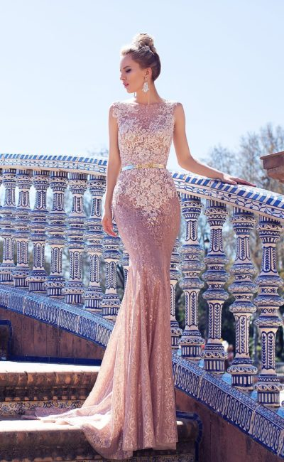 Очень красивое свадебное платье русалка