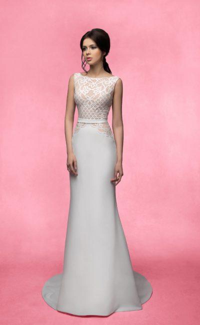 Платье с ажурным закрытым верхом