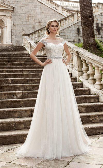 a42af062bec Выбираем модное свадебное платье в греческом стиле