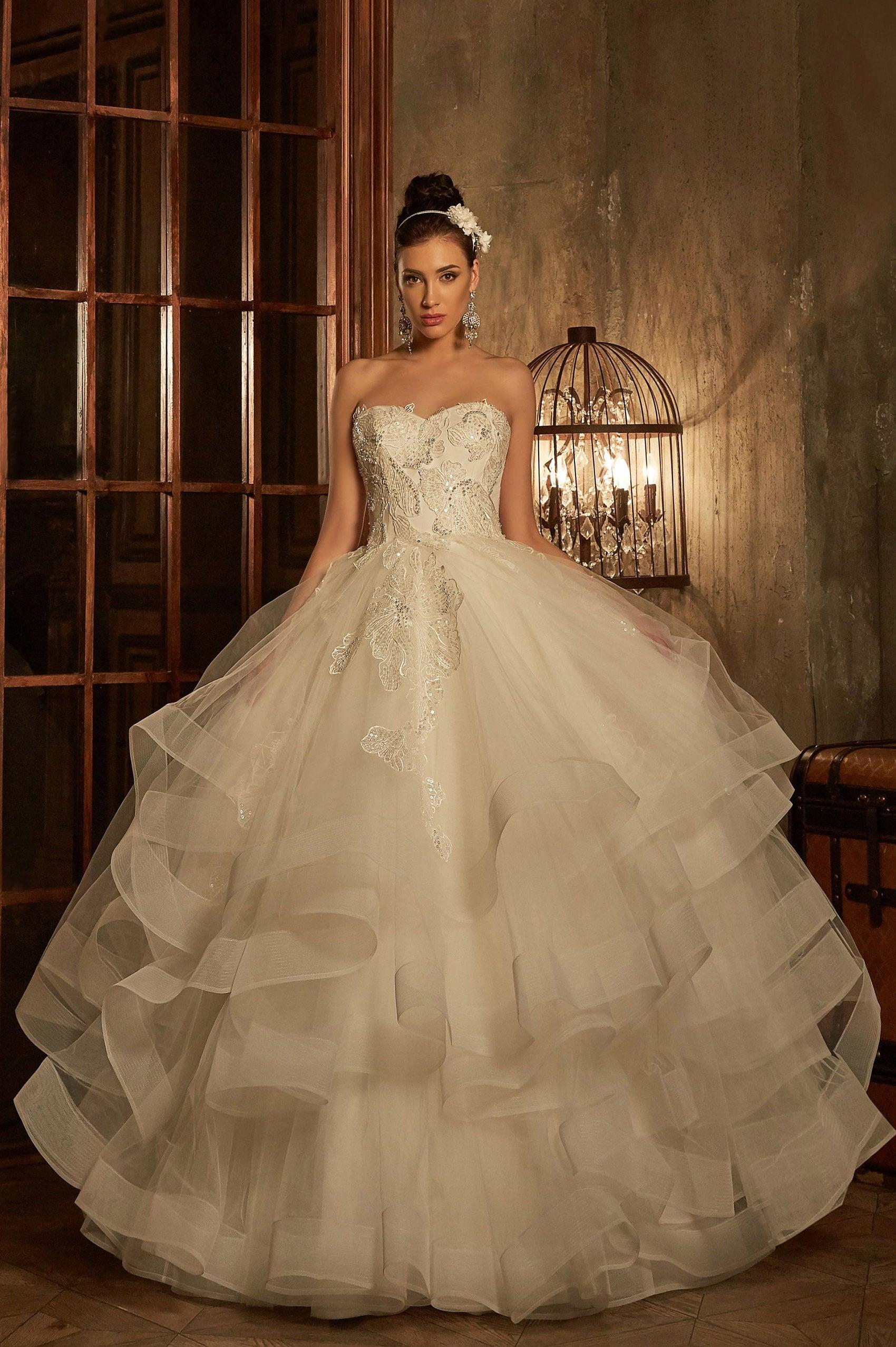 Свадебные платья москва 2017