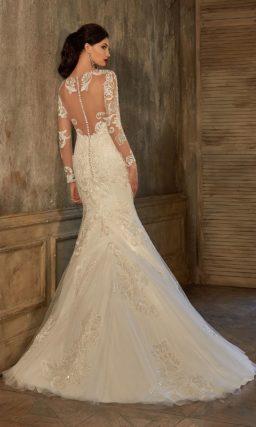 Свадебное платье цвета слоновой кости с длинным рукавом и юбкой «русалка».