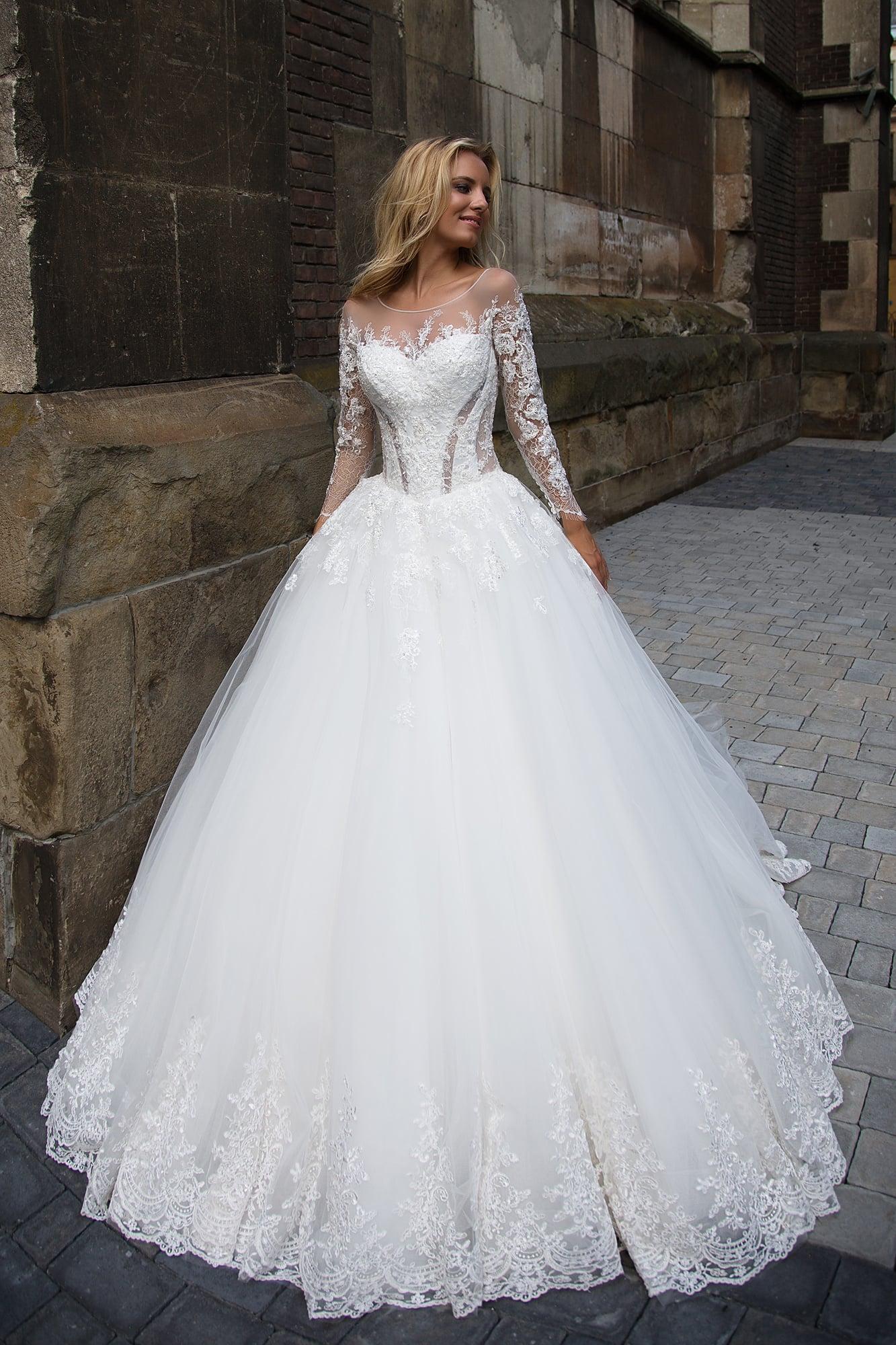 Фото свадебных платьев 2017 со шлейфом