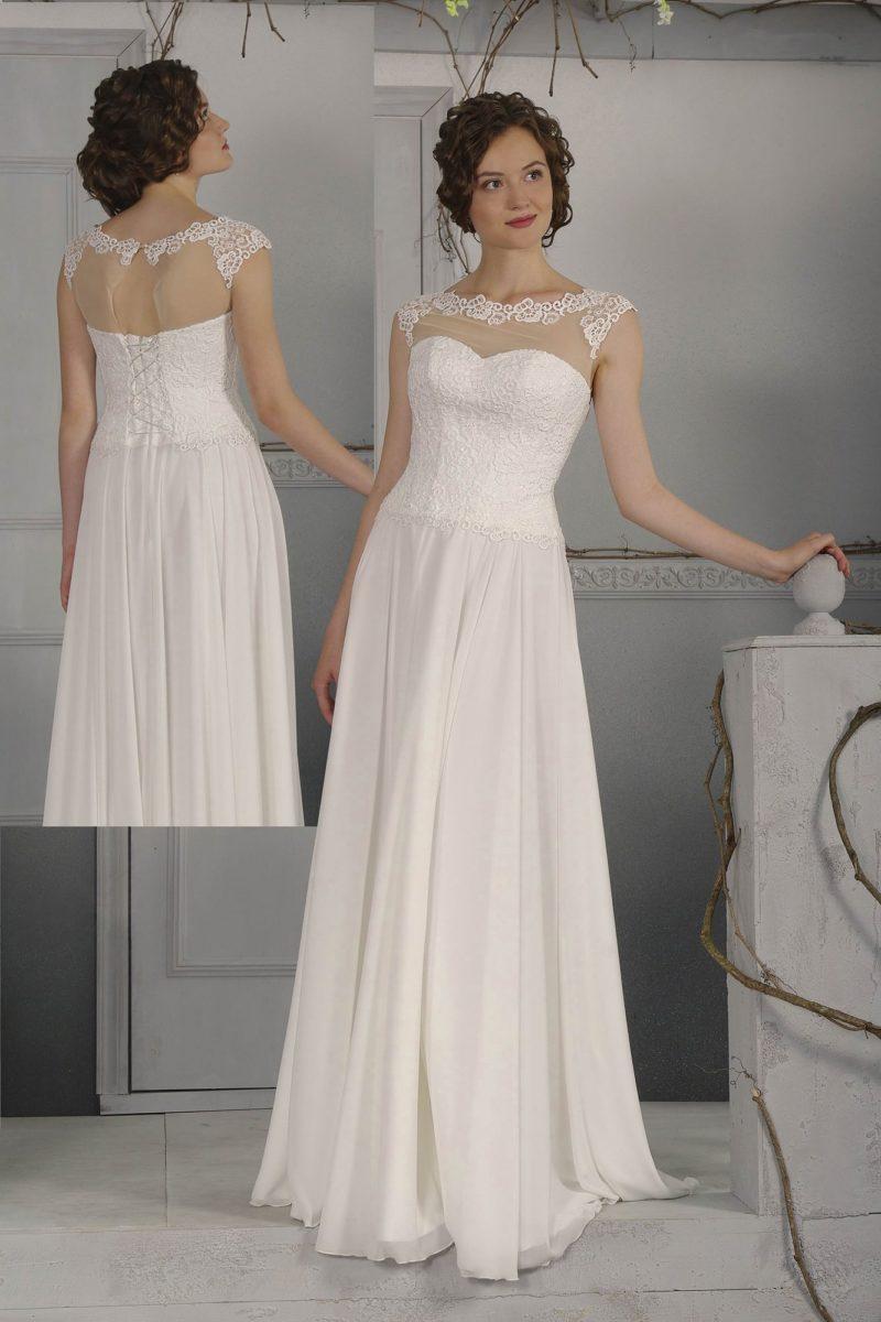 Деликатное свадебное платье прямого кроя, с кружевной отделкой на тонкой вставке над лифом.