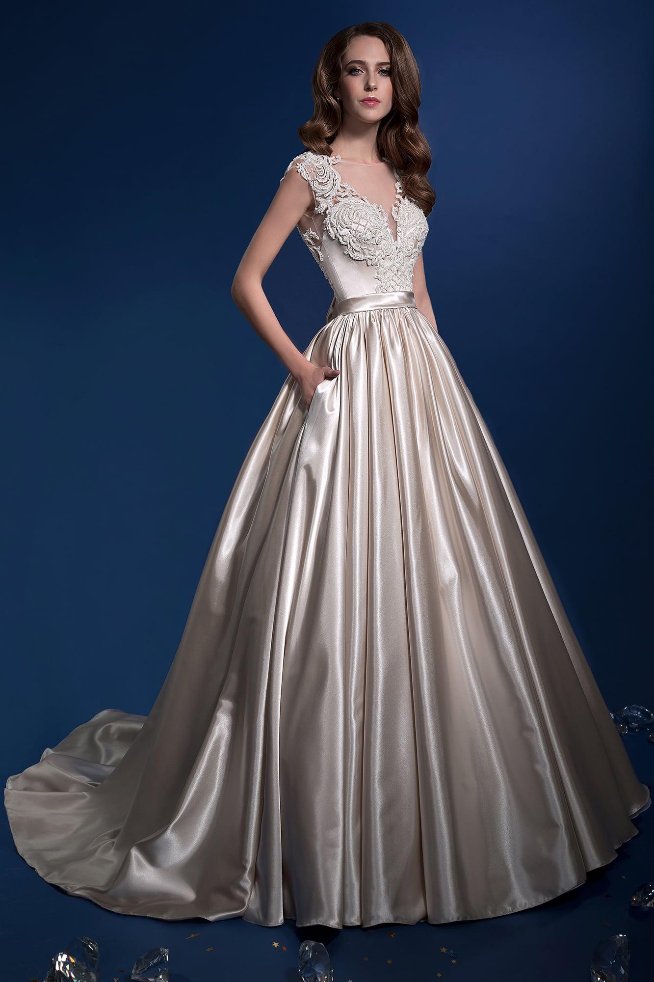 Платья красивые со скидкой в москве