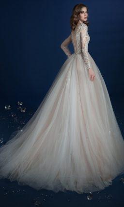 ▶▶Роскошное свадебное платье песочного оттенка с пышной верхней юбкой. ❤ Более 10000 платьев! ❤ Скидки до 70%! ❤ Подарки невестам! ☎ +7 495 724 26 05 ▶▶ Свадебный центр Вега Ⓜ Петровско-Разумовская