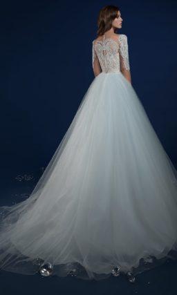 ▶▶Выразительное свадебное платье с оригинальными рукавами, покрытыми аппликациями. ❤ Более 10000 платьев! ❤ Скидки до 70%! ❤ Подарки невестам! ☎ +7 495 724 26 05 ▶▶ Свадебный центр Вега Ⓜ Петровско-Разумовская