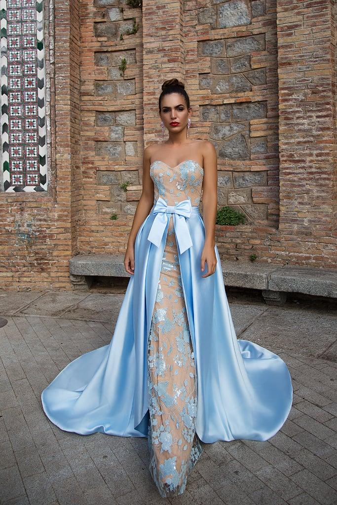 4816e4733b9 Стильное вечернее платье-трансформер с бежевой подкладкой и голубой  атласной юбкой.