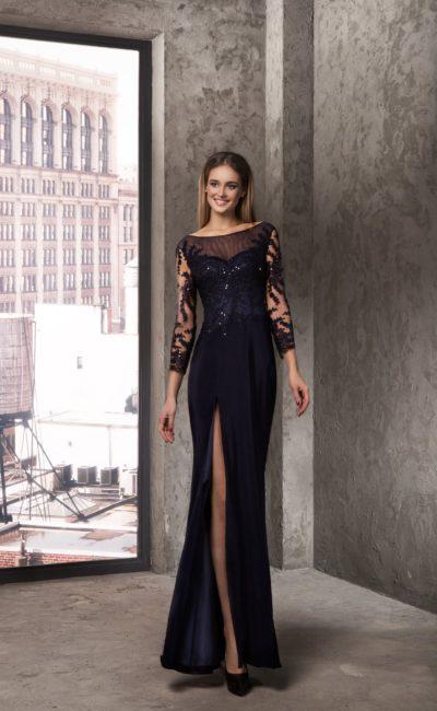 Чёрное платье с рукавами