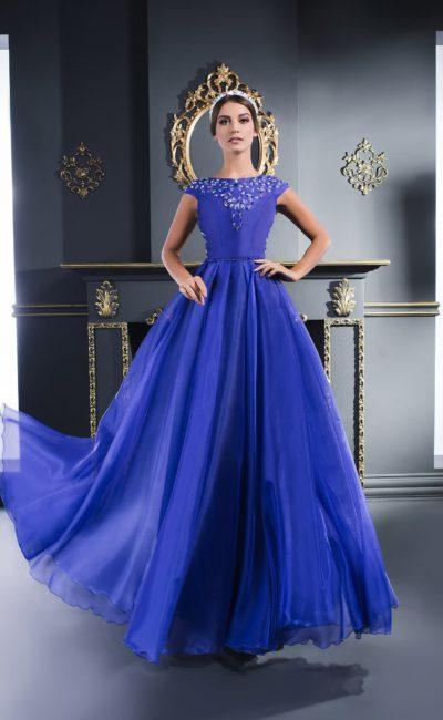 Недорогое синее платье