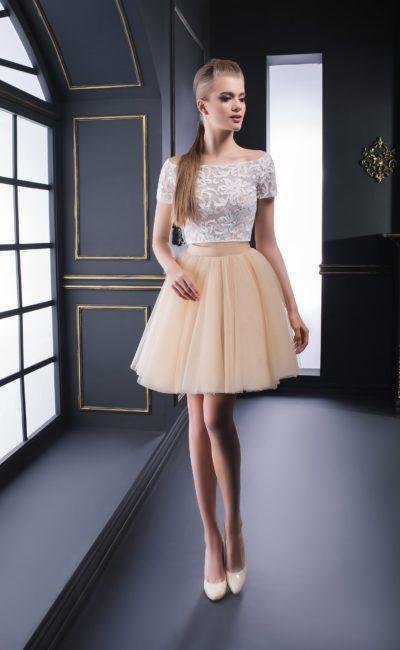 Недорогое короткое платье